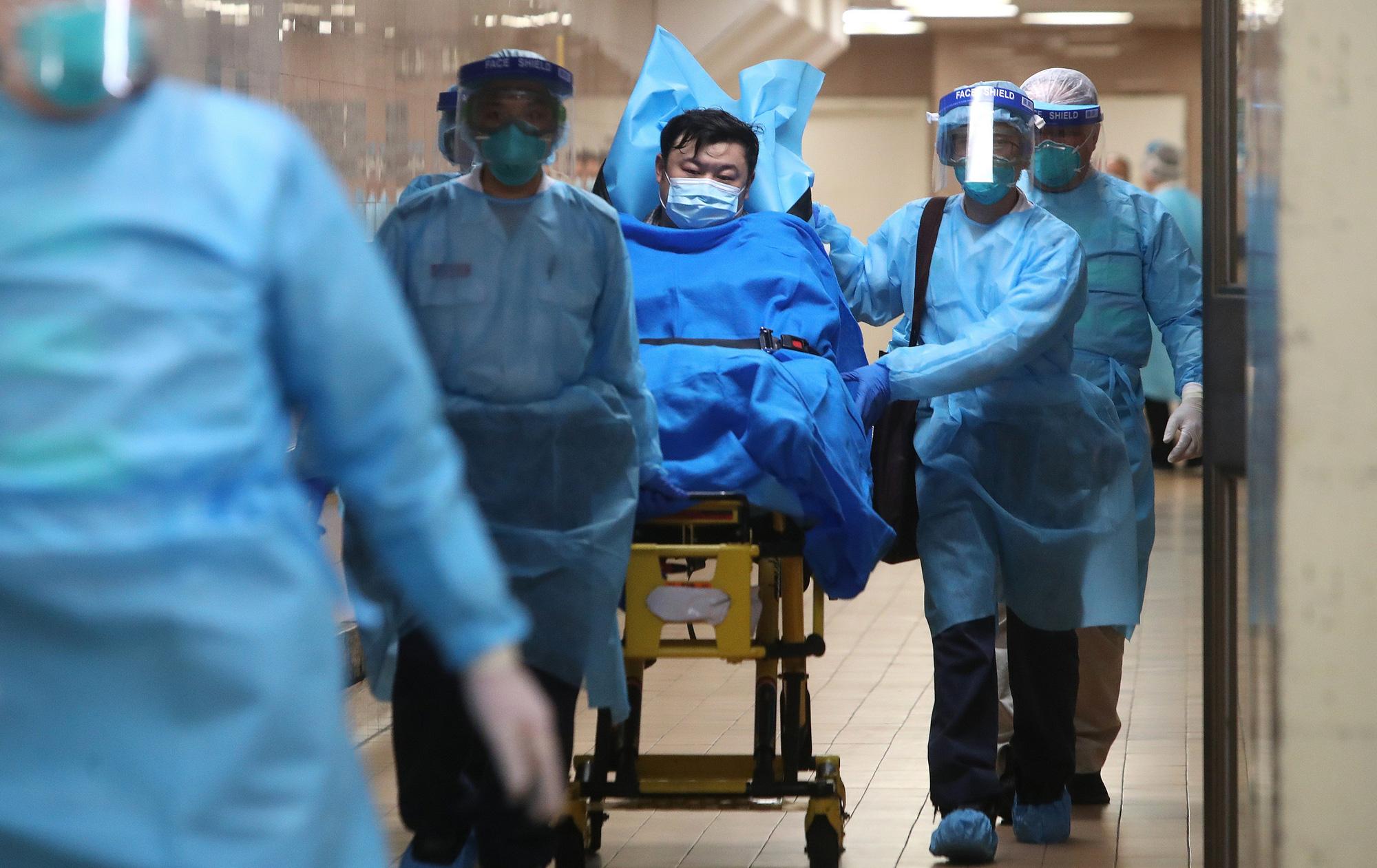 Chạm mốc 1 triệu ca nhiễm toàn cầu: Virus Covid-19 đã lây lan khủng khiếp ra sao? - Ảnh 3.