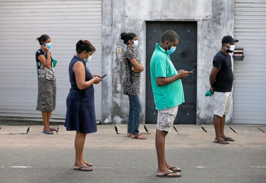 Quang cảnh 'giãn cách xã hội' trên toàn cầu - Ảnh 10.