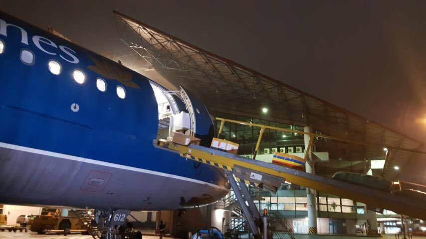 Vietnam Post thuê nguyên chuyến bay Vietnam Airlines chuyển hàng mùa dịch - Ảnh 3.