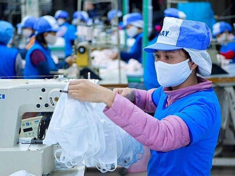 Phương Tây đeo khẩu trang và cơ hội của doanh nghiệp Việt - Ảnh 1.