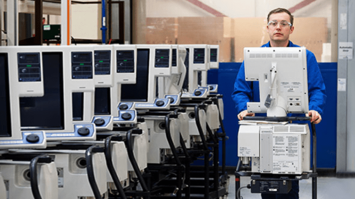 Medtronic chia sẻ miễn phí thiết kế và hướng dẫn sản xuất máy thở PB 560 - Ảnh 1.