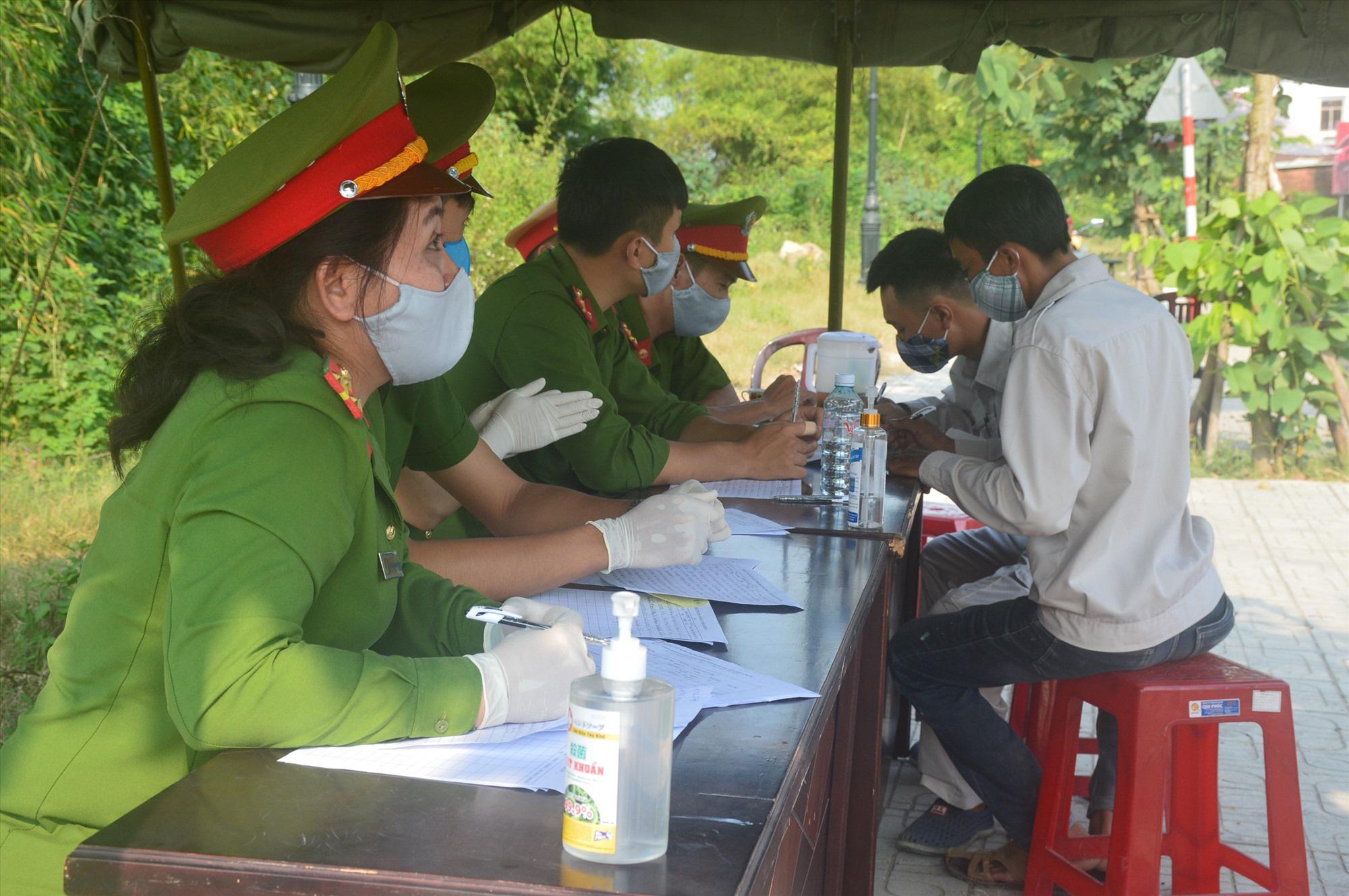 Nam thanh niên Quảng Nam tát nữ cán bộ chốt kiểm soát dịch Covid-19 - Ảnh 1.