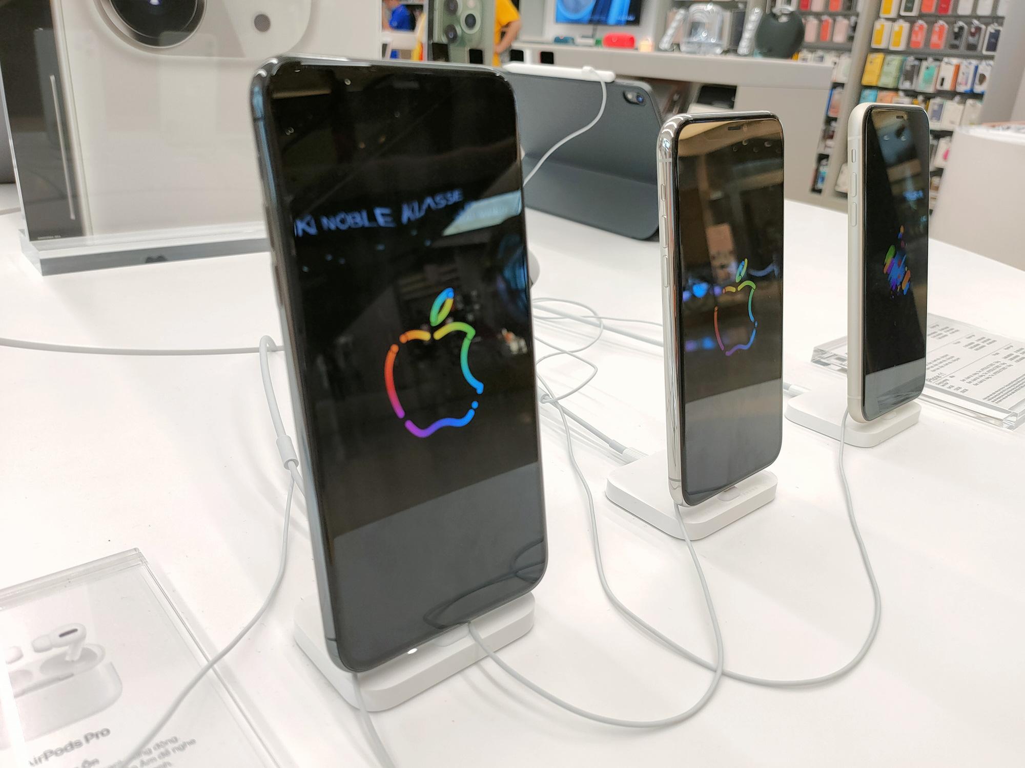 Điện thoại giảm giá: iPhone có nhiều ưu đãi vượt mặt Android - Ảnh 1.
