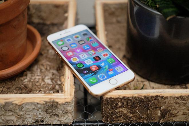 Apple Store tiết lộ tên gọi chính thức mẫu điện thoại giá rẻ iPhone SE 2020 - Ảnh 2.