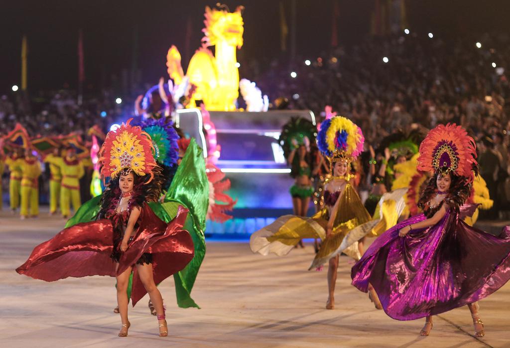 Lùi thời gian tổ chức Carnaval Hạ Long 2020 do dịch Covid-19 - Ảnh 1.