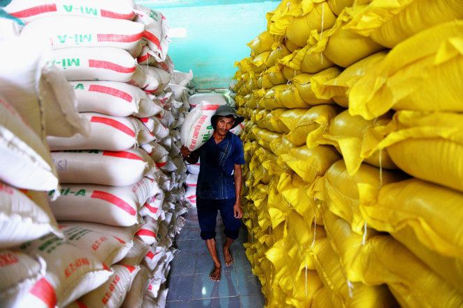 Bộ Công Thương tiếp tục đề nghị xuất khẩu gạo, trước mắt tháng 4 sẽ xuất 400.000 tấn - Ảnh 1.