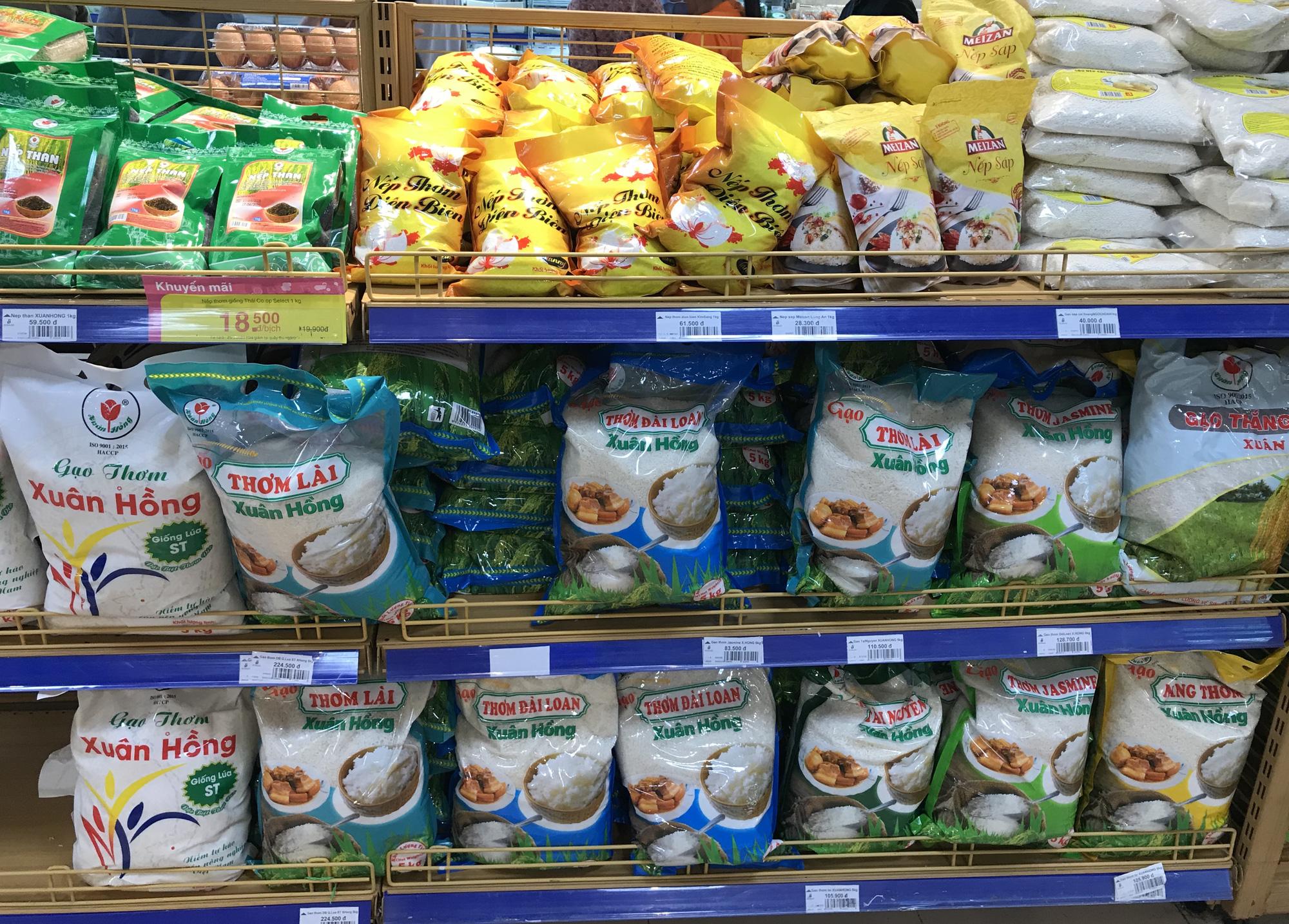 Bộ Công Thương tiếp tục đề nghị xuất khẩu gạo, trước mắt tháng 4 sẽ xuất 400.000 tấn - Ảnh 3.