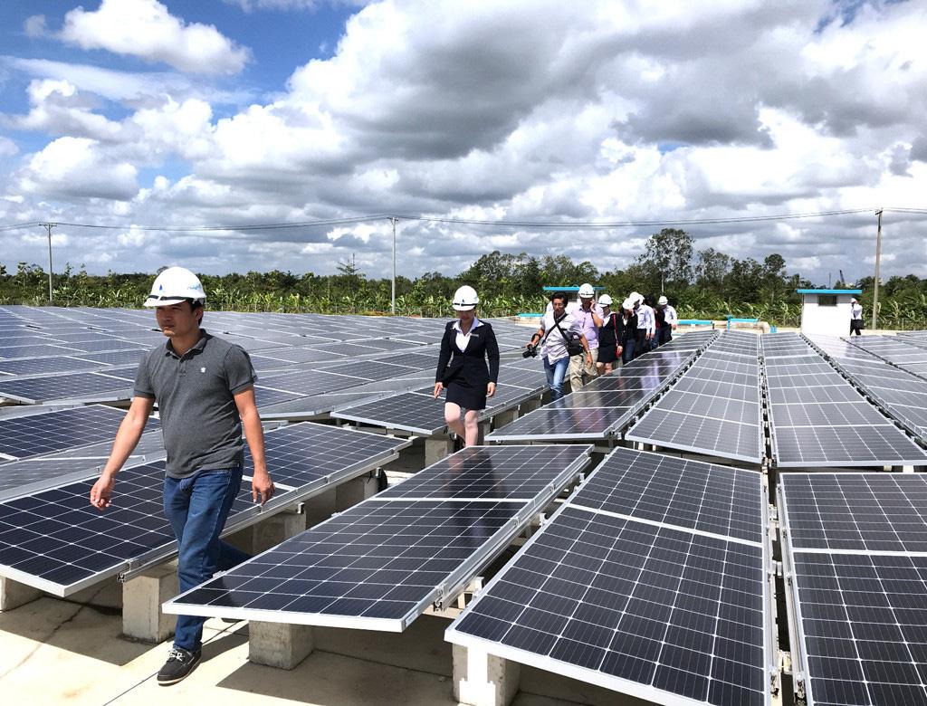 Chính thức chốt giá điện mặt trời, giảm 440 đồng, còn 1.644 đồng/kWh - Ảnh 1.