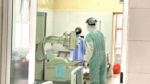 Hai bệnh nhân mắc Covid-19 ở Quảng Ninh có kết quả xét nghiệm diễn biến phức tạp - Ảnh 1.