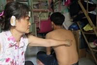 luat su phan doi quy dinh doi no thue phai co bang dai hoc va mac dong phuc