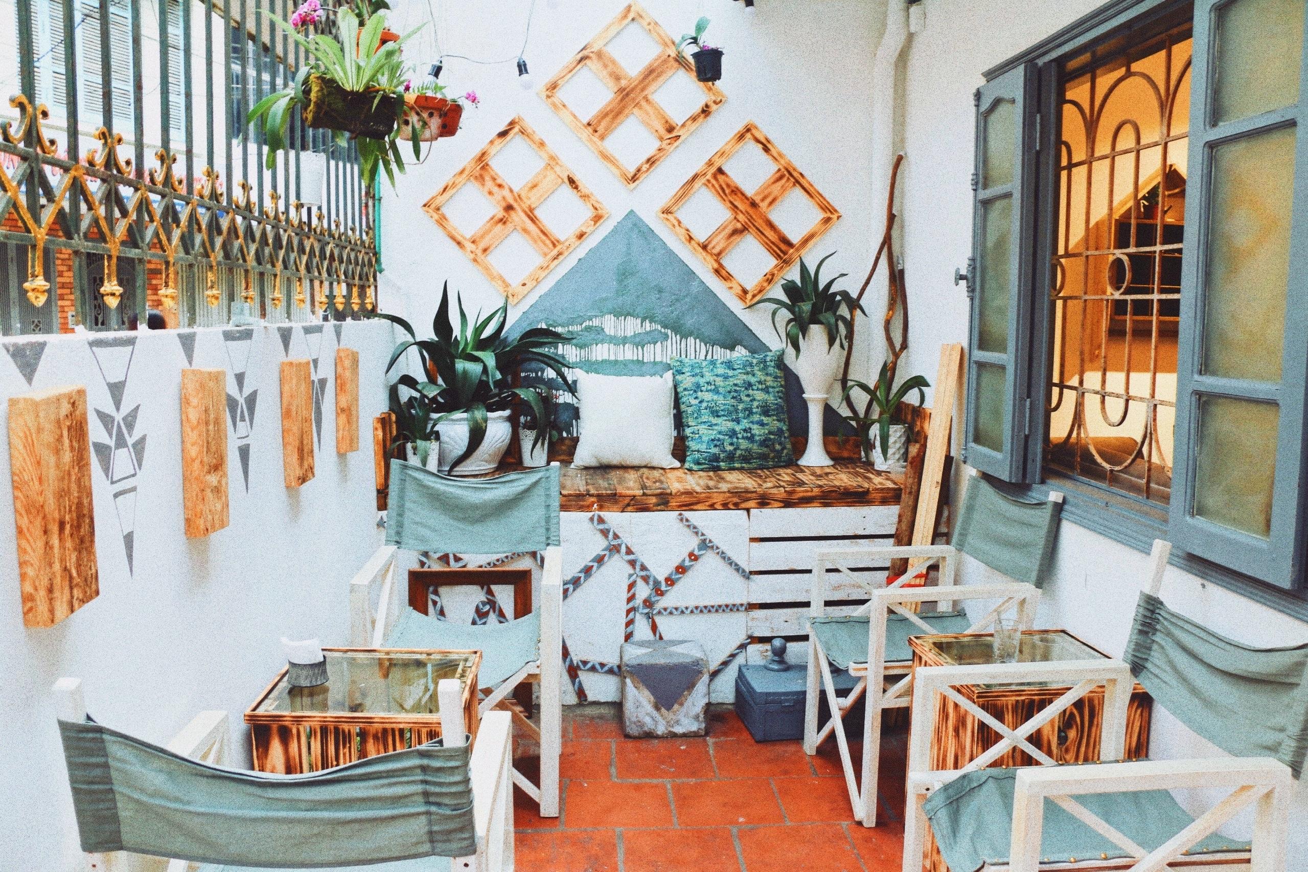 Thêm một điểm quán không thể bỏ lỡ: Auden Coffee phong cách Bohemian trên  phố Thái Thịnh | Việt Nam Mới
