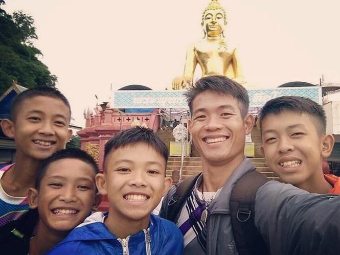 thai lan can nhac cap quoc tich cho 4 thanh vien doi bong heo rung