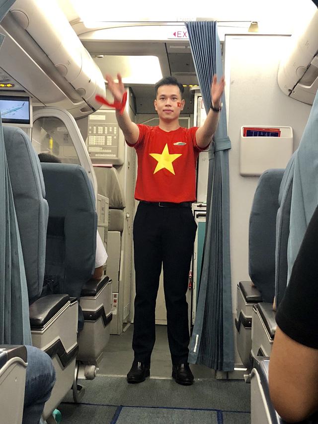ruc ro co do sao vang trong chuyen bay sang indonesia luc rang sang
