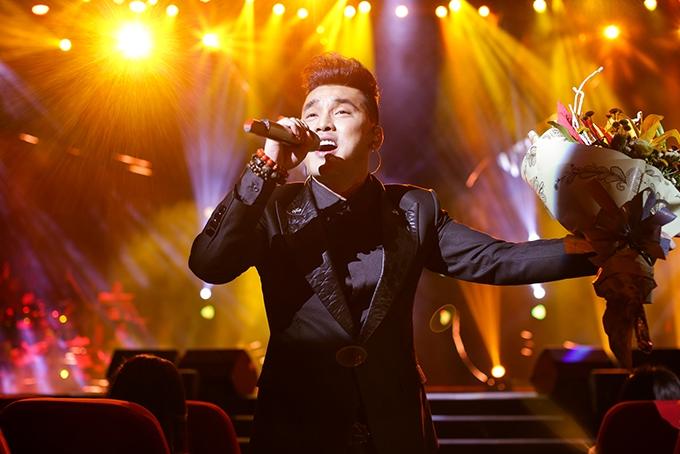 ban do vpop thang 3 ruc ro sac mau voi liveshow showcase mv concert hap dan