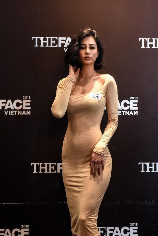 tran ngoc bich chia se bi quyet so huu than hinh dong ho cat gay bao tai the face 2018