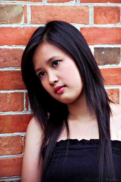 phuong hang gao nep gao te va hanh trinh lot xac tu hotgirl den nu dien vien thanh lich
