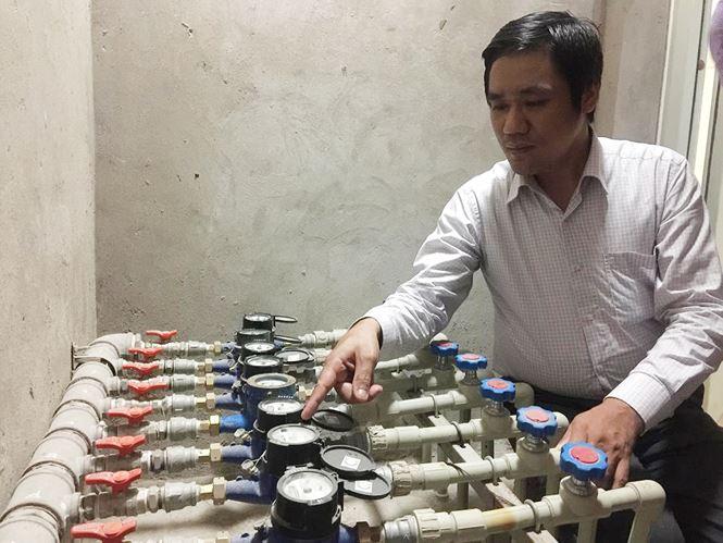 nguoi dan phat hien dong ho nuoc o chung cu 143 tran phu ha dong bat thuong