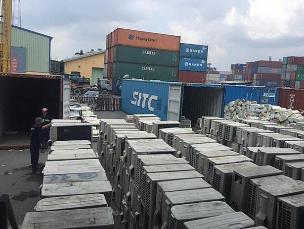 phat hien 3 container nhap khau phe lieu khong phep tai cang hai phong