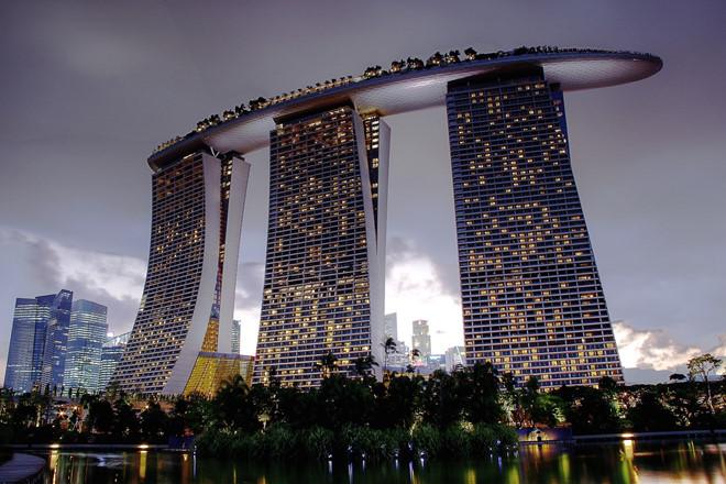 singapore tang hon nua ty usd cho 28 trieu cong dan