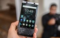 sap co smartwatch thuong hieu blackberry