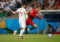 lien tiep 2 nguoi tu tu vi gay keo world cup