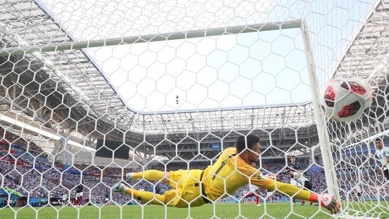 video ban thang ket qua phap vs argentina vong 18 world cup 2018 mbappe thang hoa phap di tiep xung dang