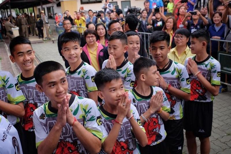 thai lan len an truyen thong nuoc ngoai vu doi bong lon rung