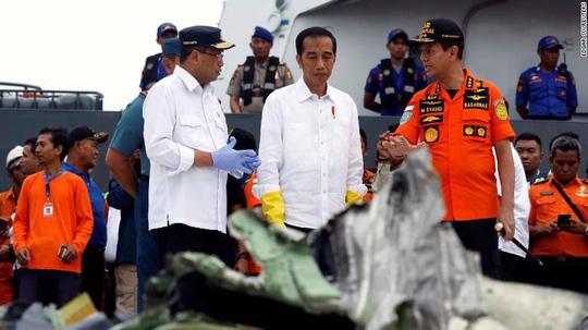 roi may bay indonesia chiec boeing tong phai bom mua