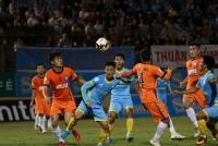 soi keo giai indonesia barito putera vs bali united thap chap cao khach nga nhao