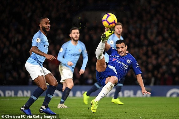 truc tiep chelsea vs manchester city hiep 2 david luiz danh dau nang ti so