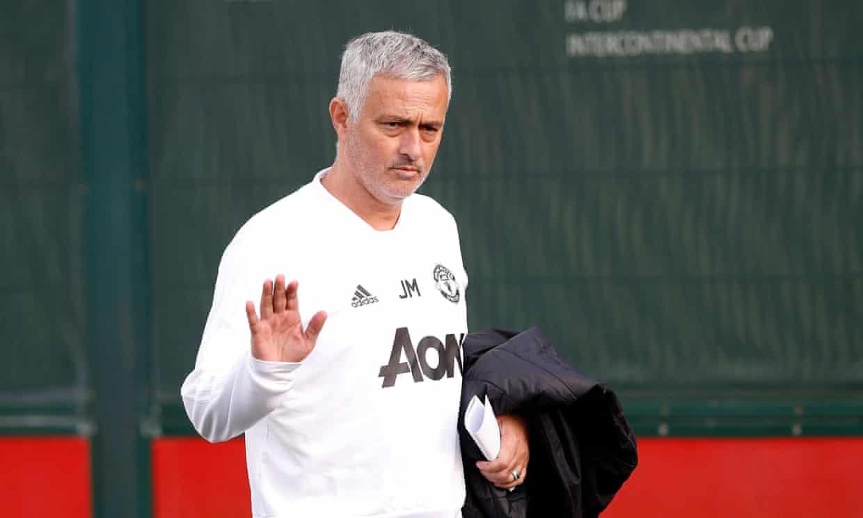 ghe nong mu zidane hay conte thay mourinho
