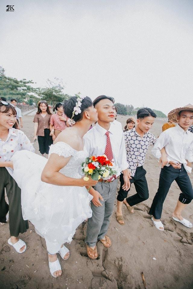 bo anh ky yeu dam cuoi dong tinh gay sot cong dong mang