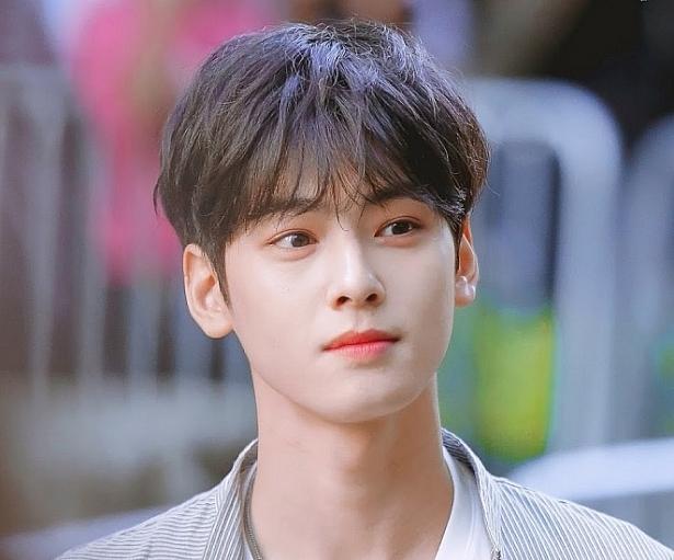 day la 10 my nam kpop duoc yeu thich nhat 2018 theo binh chon cua nhung nguoi dong tinh o han quoc