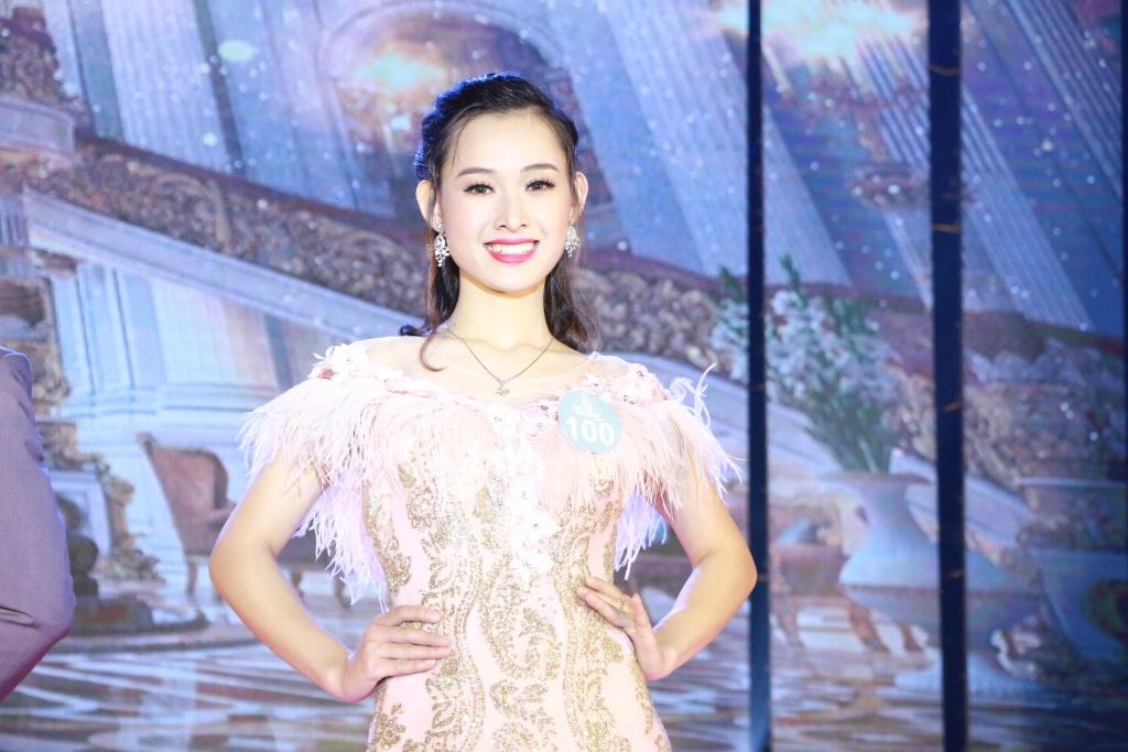 10 cap doi trai tai gai sac trong dem chung ket tai sac phuong dong 2018