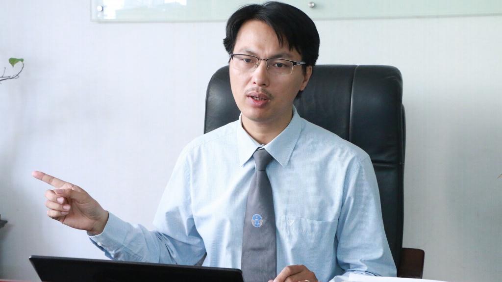 buoc thoi hoc neu sinh vien hoat dong mai dam lan thu 4 ngon tu khong chuan chong cheo voi luat khac